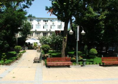 Außenbereich der Med. Uni Varna